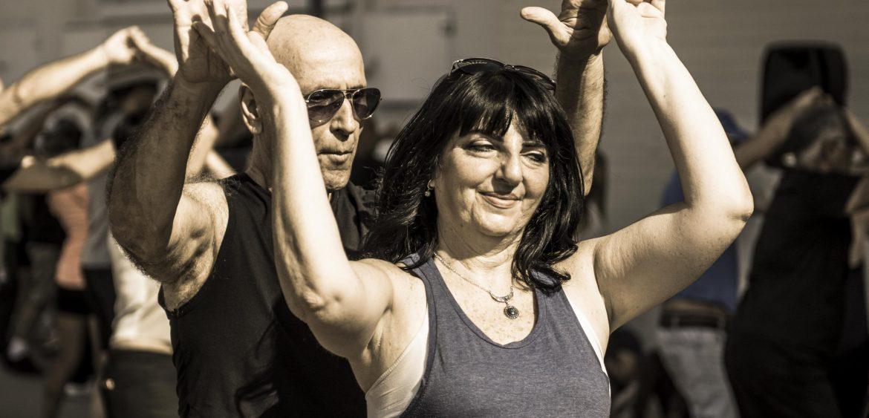 Folk dancing, Tel Aviv